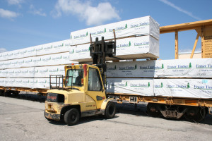 Unloading-Lumber-carsm